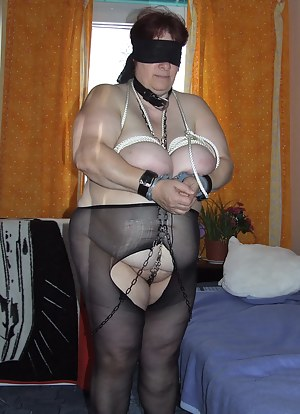 Big Boobs Blindfold Porn Pictures